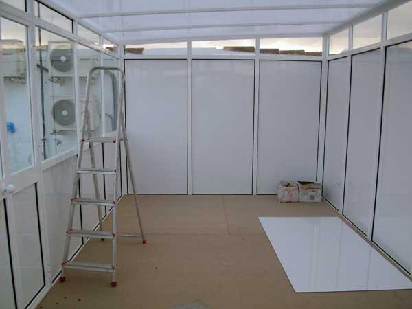 Interior cuartillo de aluminio de Aluminios Lito